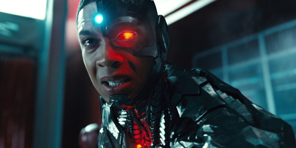Justice-League-Trailer-Cyborg-Crying
