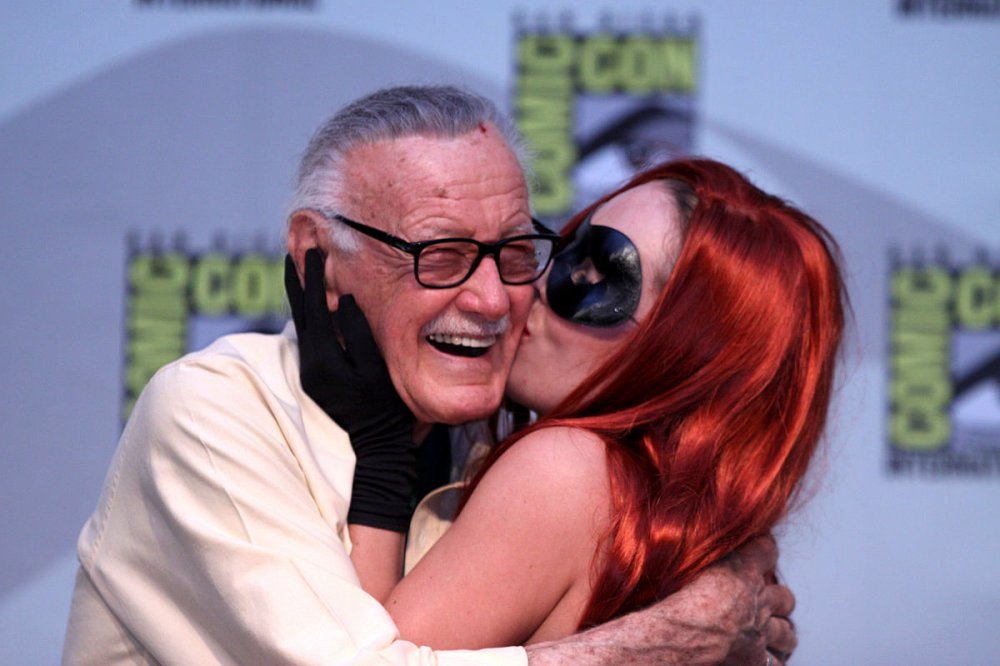 20181115-120505-86457q NH Obit Stan Lee 11_15.jpg